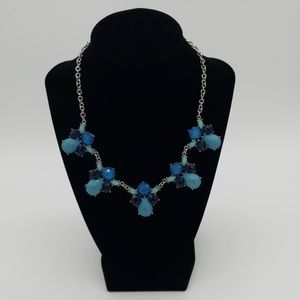 Turquoise & Navy Silvertone Bib Necklace sparkles!